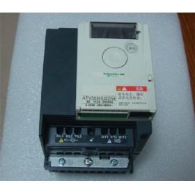 ATV303HU22N4 VFD Inverter Input 3ph 380V Output 3ph 380~460V 5.5A 0.5~400Hz 2.2KW NEW