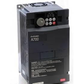 FR-A720-1.5K FR-A700 VFD Inverter input 3 phase 220V output 3 ph 200~240V 8A 1.5KW 0.2~400Hz with keypad new
