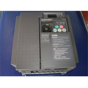 FR-E740-2.2K-CHT FR-E700 VFD Inverter input 3 phase 380V output 3 ph 380~480V 5.4A 2.2KW 0.2~400Hz with keypad new