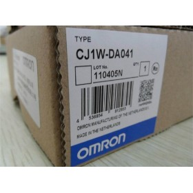 CJ1W-DA041 PLC Analog output unit new in box