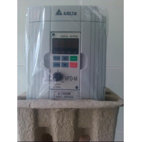 VFD007M43B DELTA VFD-M VFD Inverter Frequency converter 750w 1HP 3PHASE 380V 400HZ for Small processing machinery